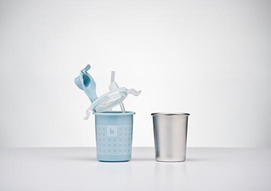 Kangovou sippy cup in the color Frosted Blueberry