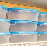 traditional dishware that may contain harmful chemicals and therefore are less safe than a stainless steel bento lunch box