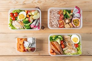bento lunch boxes storing gluten free recipes