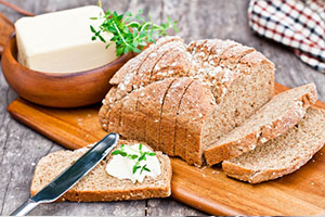 Sliced Irish stoneground soda bread with butter