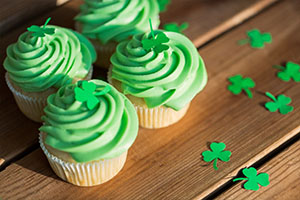st patrick's day, food and holidays concept