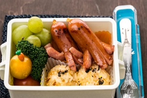 octopus bento box with other fruits